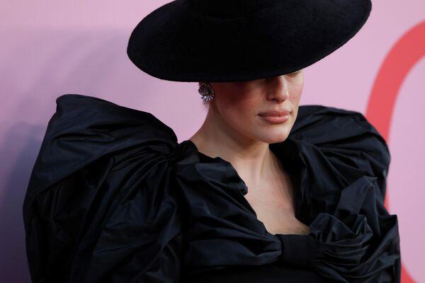 Модель Эшли Грэм на церемонии вручения премии Совета модельеров Америки