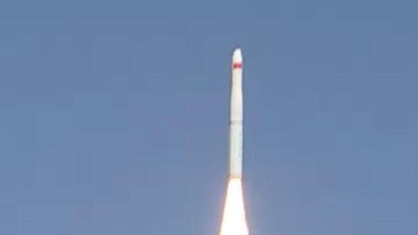 Запуск китайской ракеты-носителя Чанчжэн