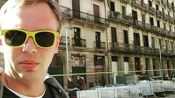 Задержанного журналиста Голунова из больницы повезли в суд