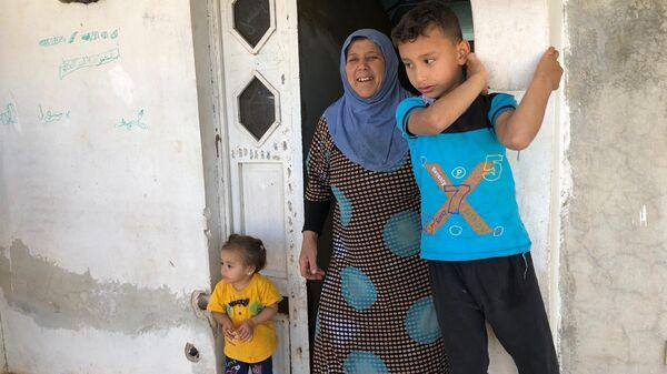 Сирийские беженцы вернувшиеся из Ливана в родные дома в поселении Бейт Джан на Голанских высотах