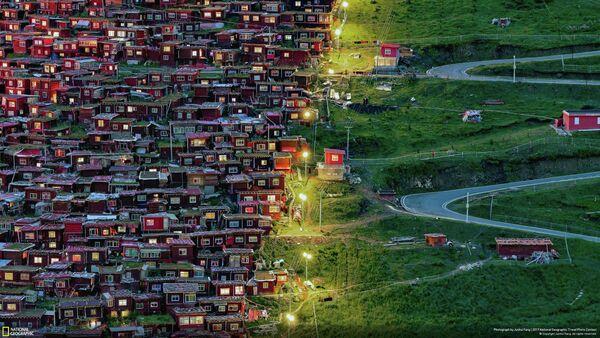 Работа фотографа JUNHUI FANG. Конкурс National Geographic Travel Photo - 2019