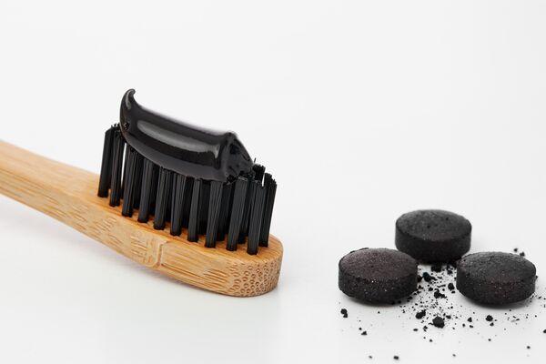 Зубная паста с активированным углем