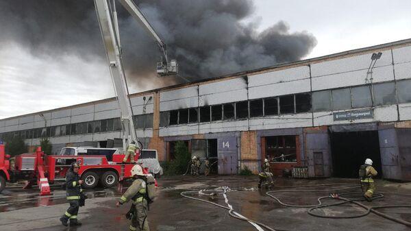 Пожар на складе резинотехнических изделий в Тольятти Самарской области.  14 июня 2019