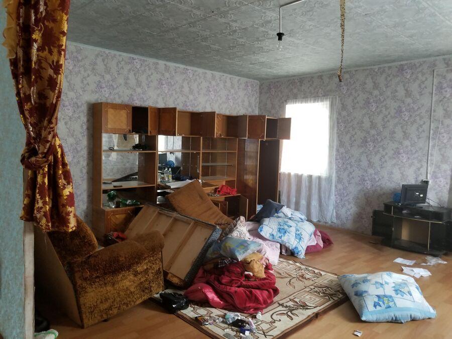 Внутри цыганского дома