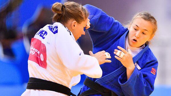 Санне Верхаген (слева) и Дарья Межецкая
