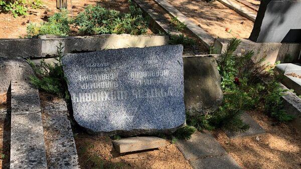 Акт вандализма на еврейском кладбище в таллинском районе Рахумяэ