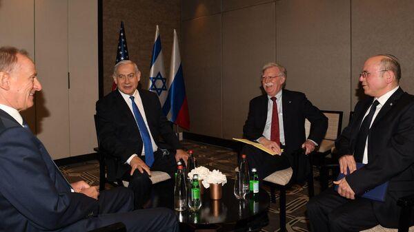 Участники трехсторонних переговоров по Сирии в Иерусалиме. 25 июня 2019