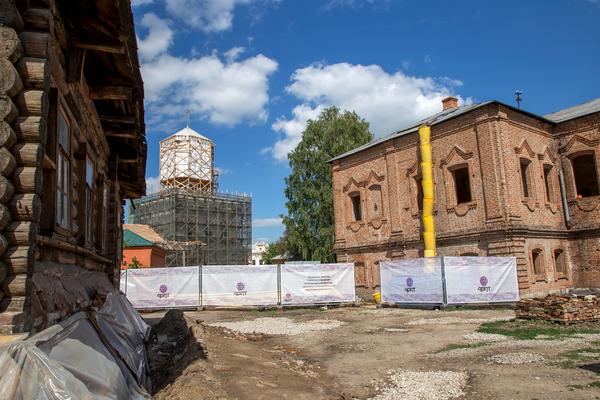 Помимо ремонта и реставрации исторических зданий подготовка к юбилею включает в себя целый ряд мероприятий, форумов, а также благоустройство исторического центра Тулы и малых городов региона
