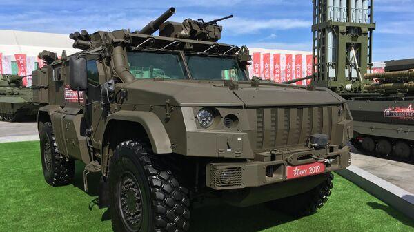 82-миллиметровый самоходный миномет Дрок на базе бронеавтомобиля Тайфун-ВДВ