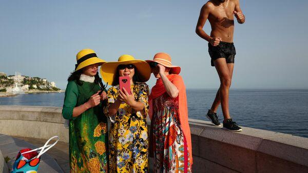 Туристы в Ницце, Франция