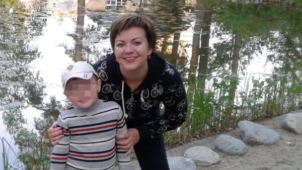 Юлия Елисеева с сыном