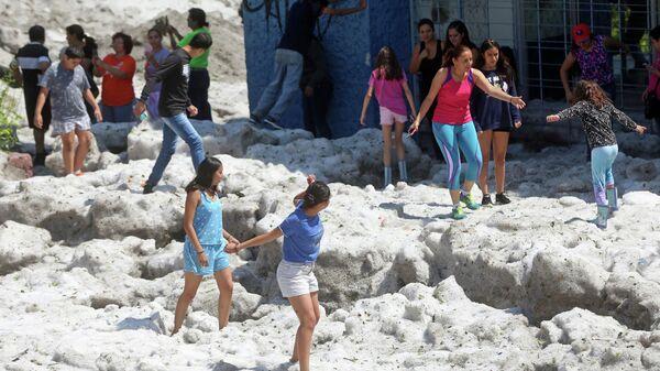 Последствия сильного града в Гвадалахаре, Мексика. 30 июня 2019