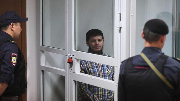 Хазратхон Додохонов во время оглашения приговора в Московском областном суде. 2 июля 2019
