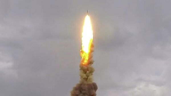 Испытательный пуск новой противоракеты системы ПРО