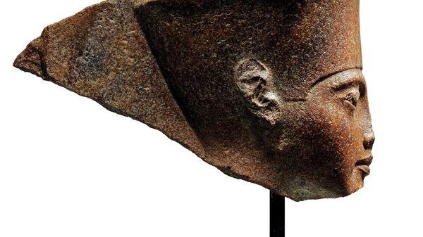 Каменный бюст Тутанхамона возрастом 3000 лет, выставленный для продажи 4 июля 2019 аукционным домом Christie's в Лондоне