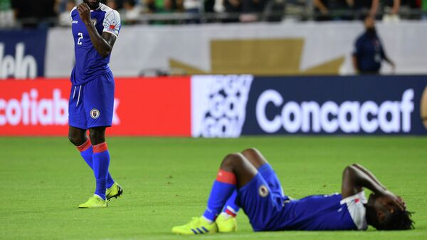 Футболисты сборной Гаити