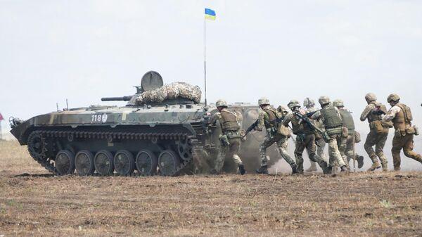 Боевая машина пехоты БМП-1 на полигоне во время международных учений Sea Breeze - 2019 в Одессе