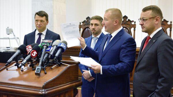Адвокаты Виктора Януковича в Киевском апелляционном суде. 15 июля 2019