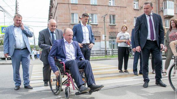Глава города Нижний Тагил Владислав Пинаев оценил доступность городских объектов для маломобильных групп населения