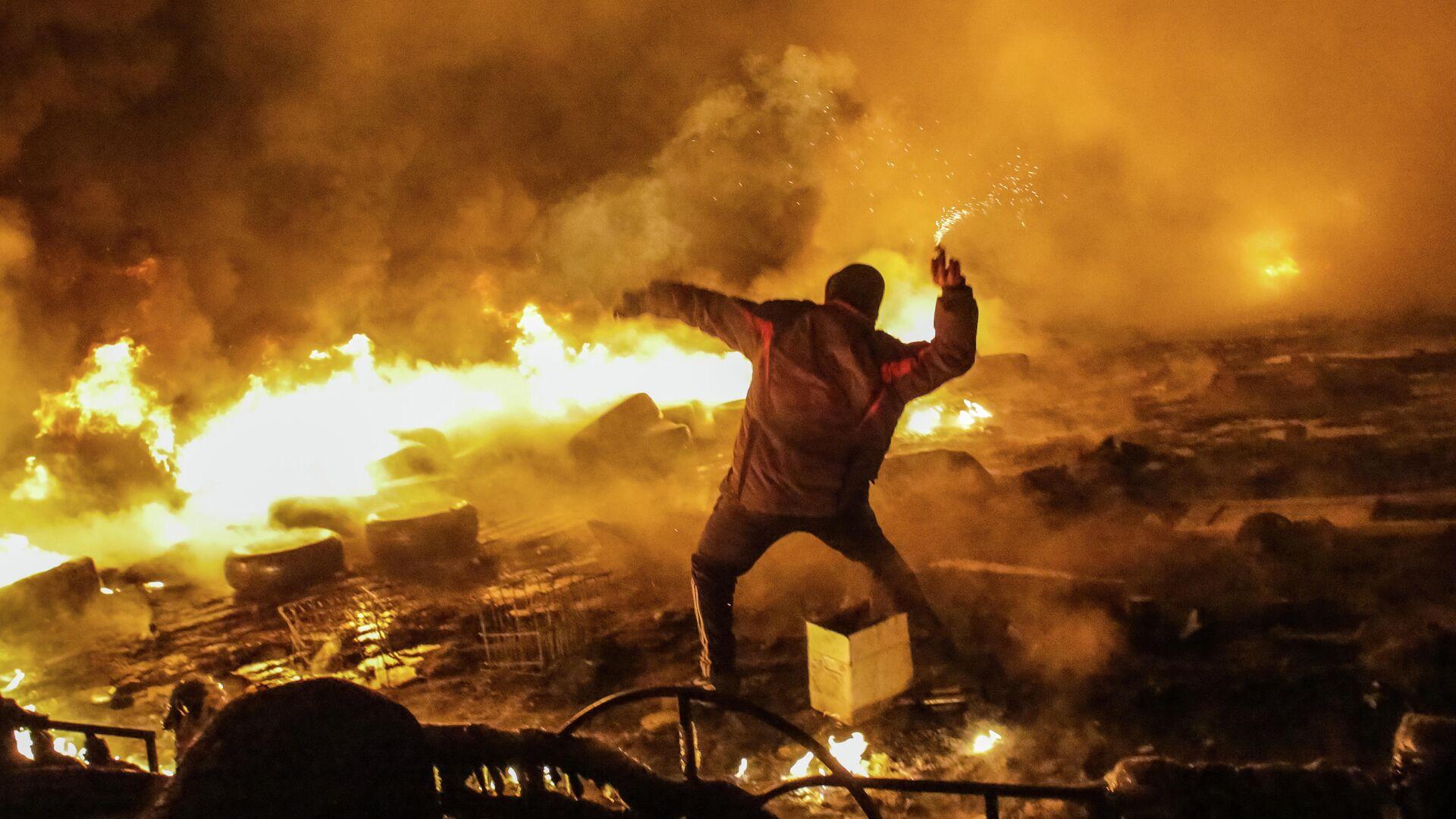 Столкновения в центре Киева. 2014 год - РИА Новости, 1920, 10.06.2021