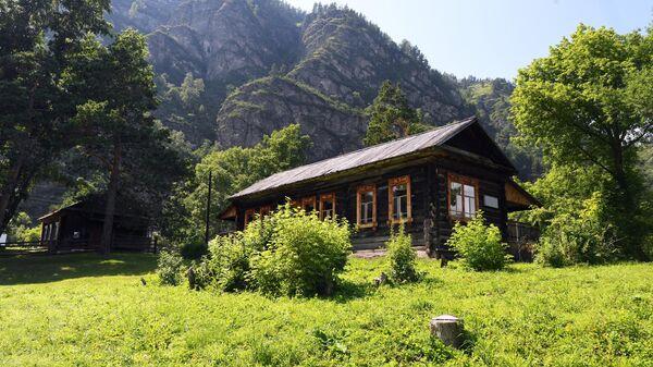 Музей-заповедник Г. И. Чорос-Гуркина в селе Анос Чемальского района Республики Алтай