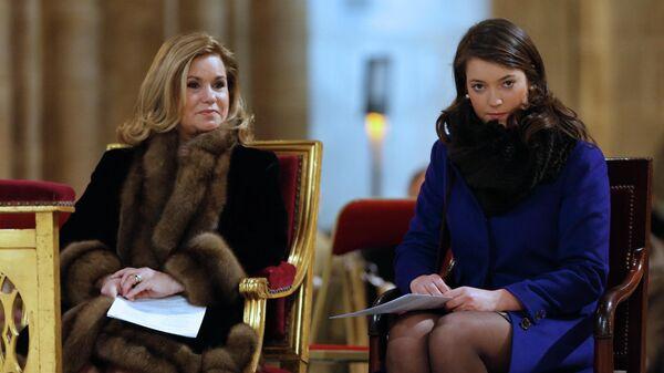 Великая Княгиня Люксембурга Мария Тереза и ее дочь принцесса Александра