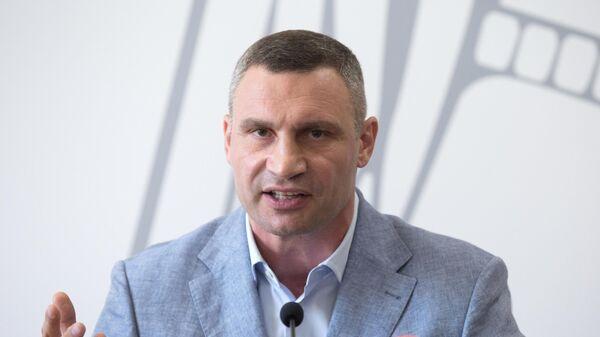Мэр Киева Виталий Кличко на пресс-конференции в Киеве, посвященной вызову его на допрос в Государственное бюро расследований. 26 июля 2019