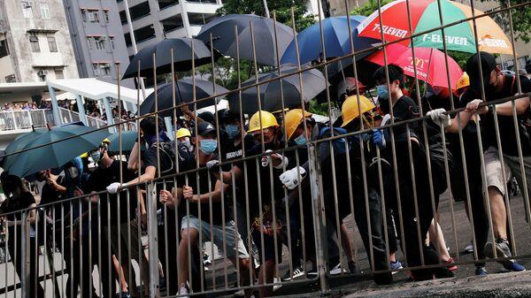 Протесты на севере Гонконга. 27 июля 2019