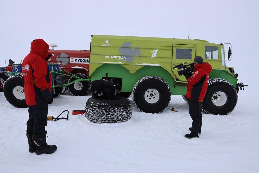 Антарктида, съемки поломки  вездехода