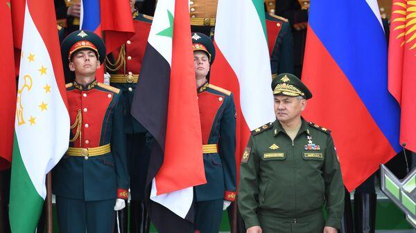 Министр обороны РФ Сергей Шойгу на открытии Армейских международных игр