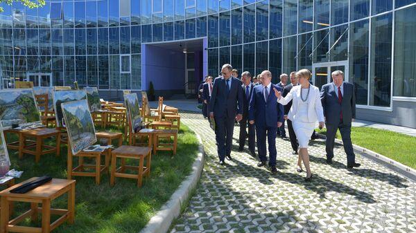 Президент РФ Владимир Путин во время посещения образовательного центра Сириус в Сочи.  6 августа 2019