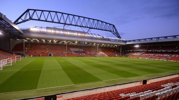 Стадион Энфилд перед началом матча группового этапа Лиги Европы между ФК Ливерпуль (Ливерпуль, Англия) и ФК Рубин (Казань, Россия).