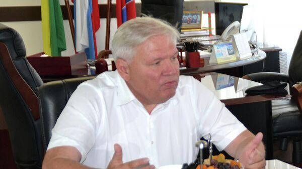 Глава города Туапсе Владимир Зверев