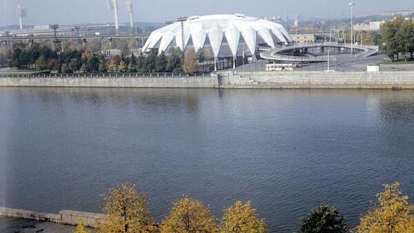 Вид на универсальный спортивный зал Дружба в Лужниках