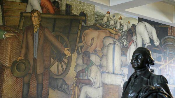 Фрагмент фрески Жизнь Вашингтона российско-американского художника Виктора Арнаутова на стене в средней школе им.Джорджа Вашингтона в Сан-Франциско, США