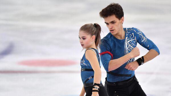 Полина Костюкович и Дмитрий Ялин