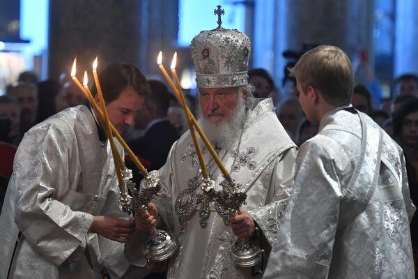 Патриарх Московский и всея Руси Кирилл во время всенощного бдения накануне праздника Преображения Господня в Казанском кафедральном соборе в Санкт-Петербурге