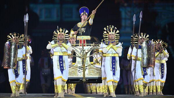 Военный симфонический оркестр Египта на торжественной церемонии открытия XII Международного военно-музыкального фестиваля Спасская башня на Красной площади в Москве