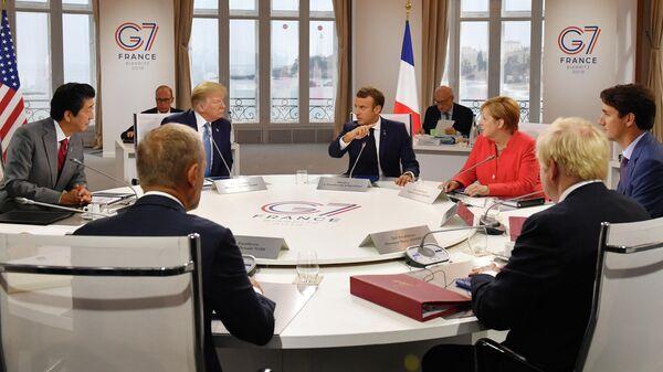 Рабочая встреча на полях саммита G7 в Биаррице, Франция