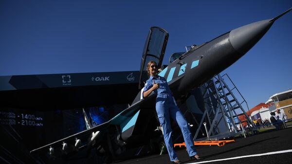 Российский многофункциональный фронтовой истребитель МиГ-35 на Международном авиационно-космическом салоне МАКС-2019
