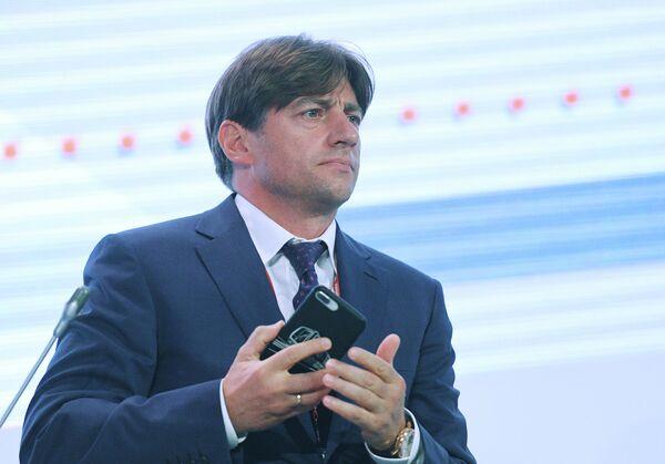 Генеральный директор АО Трансмашхолдинг Кирилл Липа на пленарном заседании международного железнодорожного салона PRO//Движение.Экспо