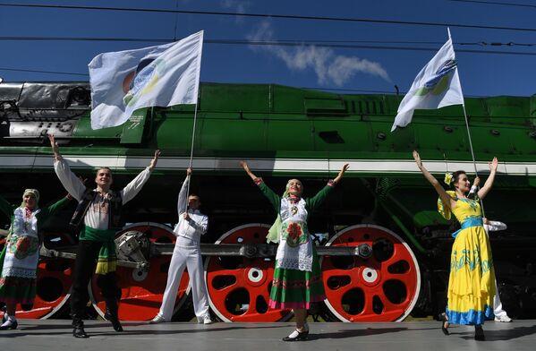 Парад паровозов на международном железнодорожном салоне PRO//Движение.Экспо