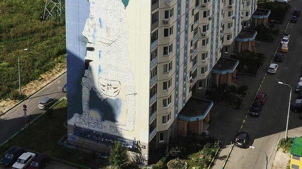 Стрит-арт фестиваль URBAN MORPHOGENESI. К верху ногами