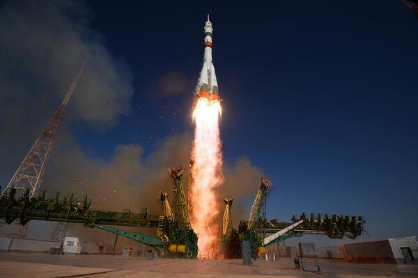 Запуск ракеты-носителя Союз-2.1а