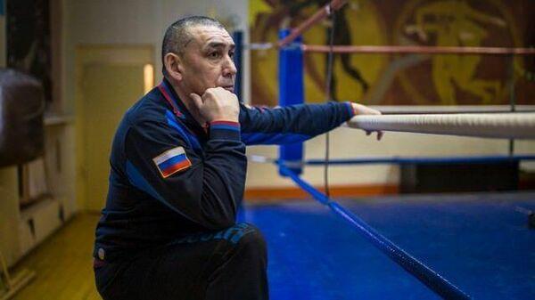 Тренер мужской сборной России по боксу Виктор Фархутдинов