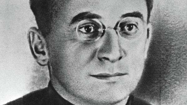 Лаврентий Берия (1899-1953), первый секретарь ЦК КП(б) Грузии, впоследствии народный комиссар внутренних дел СССР с 1938 по 1945 год
