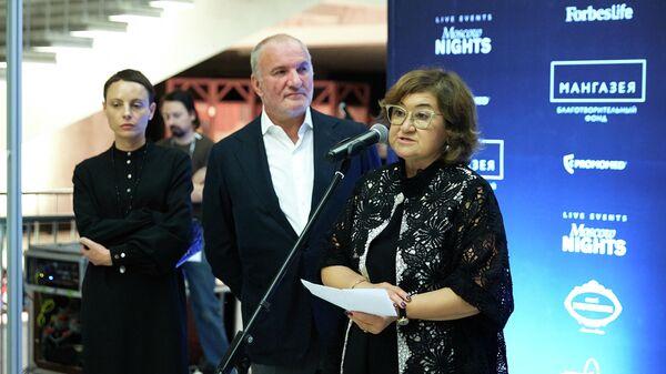 Зельфира Трегулова и Емельян Захаров на Т Фестивале, архивное фото