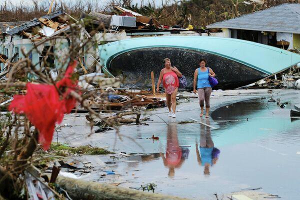 Последствия урагана Дориан в Марш-Харборе на Багамских островах