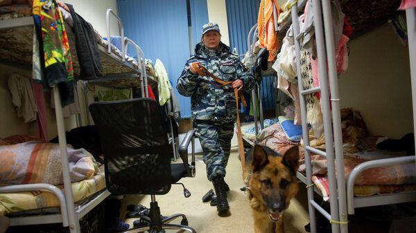 Полицейский рейд Нелегальный мигрант в Москве
