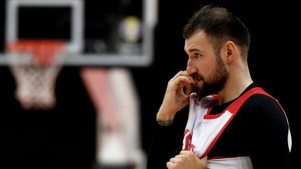 Игрок мужской сборной России по баскетболу Сергей Карасев
